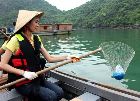 Quang Ninh: Nguoi dep Ha Long trai nghiem tren Vinh - Anh 5