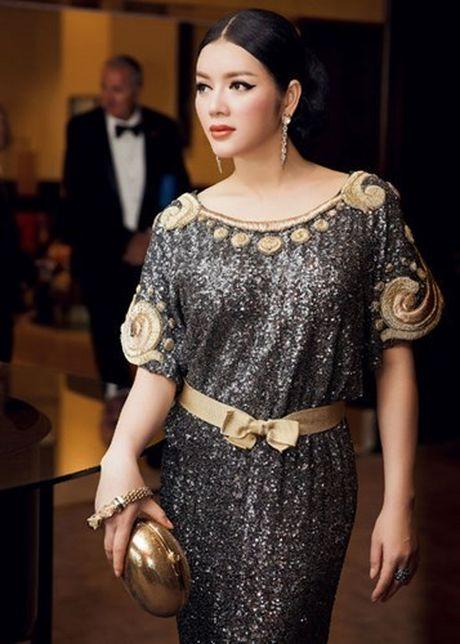 Vay hang hieu cua Ly Nha Ky tren tham do Cannes co gi dac biet? - Anh 5
