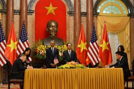Tuong thuat ngay lam viec dau tien cua Obama tai Ha Noi - Anh 14
