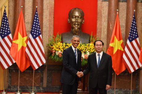Tuong thuat ngay lam viec dau tien cua Obama tai Ha Noi - Anh 16