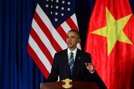 Tuong thuat ngay lam viec dau tien cua Obama tai Ha Noi - Anh 3