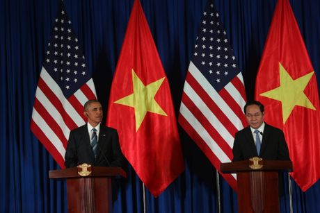 Tuong thuat ngay lam viec dau tien cua Obama tai Ha Noi - Anh 6