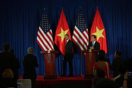 Tuong thuat ngay lam viec dau tien cua Obama tai Ha Noi - Anh 7