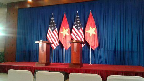 Tuong thuat ngay lam viec dau tien cua Obama tai Ha Noi - Anh 8