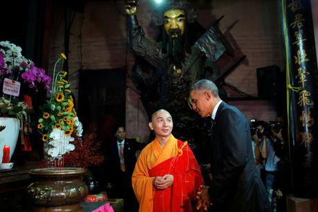 Cau noi bat ngo cua ong Obama trong chua Ngoc Hoang - Anh 1