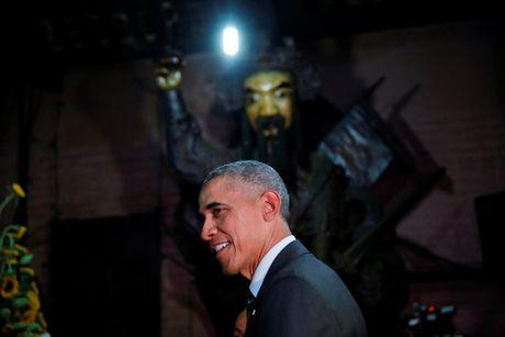 Cau noi bat ngo cua ong Obama trong chua Ngoc Hoang - Anh 4