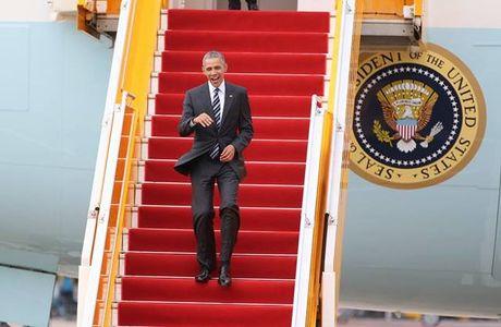 Nhung hinh anh dau tien cua Tong thong My Barack Obama tai TP.HCM - Anh 1