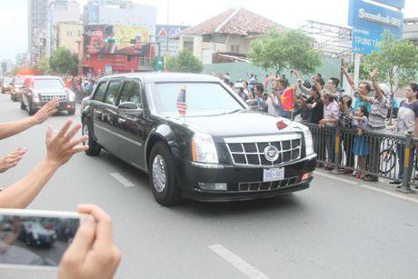 Nhung hinh anh dau tien cua Tong thong My Barack Obama tai TP.HCM - Anh 9