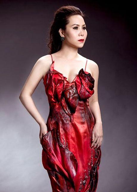Nữ hoàng Doanh nhân Ngô Thị Kim Chi dep long lay voi dam da hoi - Anh 3