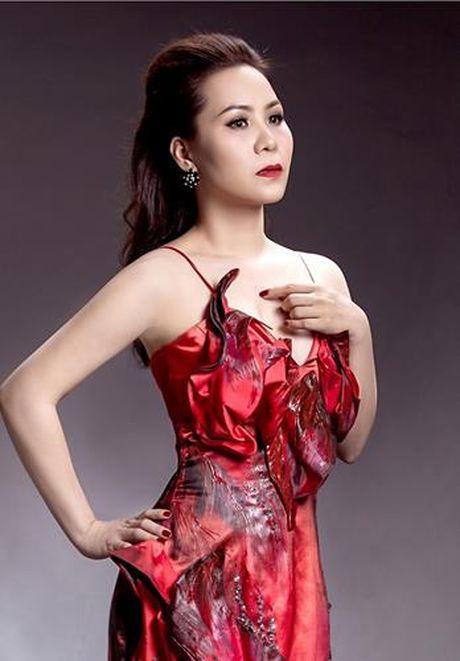 Nữ hoàng Doanh nhân Ngô Thị Kim Chi dep long lay voi dam da hoi - Anh 5