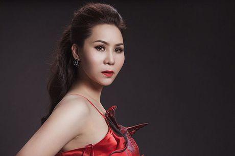 Nữ hoàng Doanh nhân Ngô Thị Kim Chi dep long lay voi dam da hoi - Anh 6
