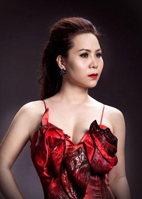 Nữ hoàng Doanh nhân Ngô Thị Kim Chi dep long lay voi dam da hoi - Anh 7