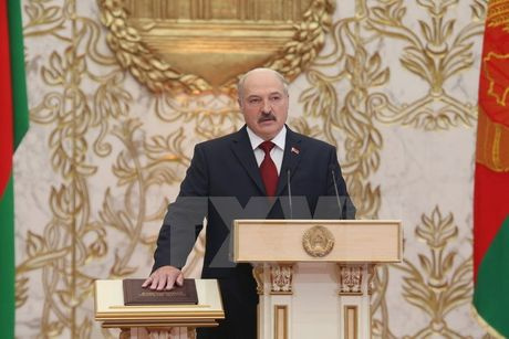 Tong thong Belarus ky sac luat ve FTA giua Viet Nam va EAEU - Anh 1