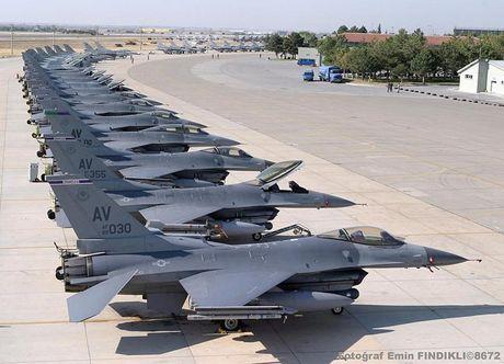 Viet Nam khong nen mua chien dau co F-16, vi sao? - Anh 11