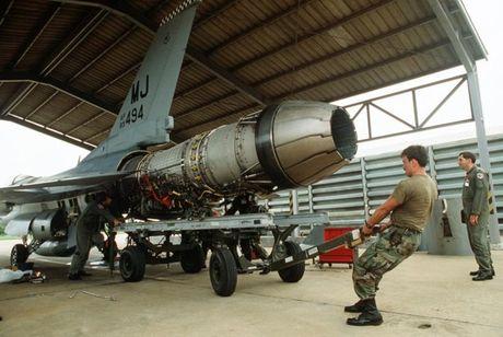 Viet Nam khong nen mua chien dau co F-16, vi sao? - Anh 3