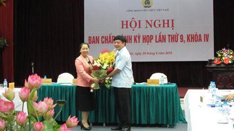 Du Hoi nghi BCH CD Vien chuc VN, Chu tich Tong LDLDVN Bui Van Cuong: Ky vong vao su doi moi - Anh 2
