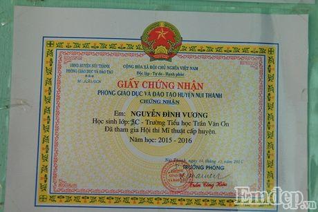 """Nghen long uoc mo cua cau be """"nguoi ran"""" o Quang Nam - Anh 6"""
