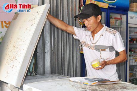 Dien chap chon, nguoi dan an com nhao, khong the ngu trua! - Anh 2