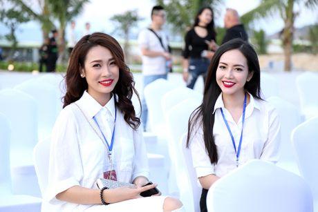 Nguoi dep co chieu cao 'khung nhat Vinh Bac Bo' tai Hoa hau Ban sac Viet - Anh 6