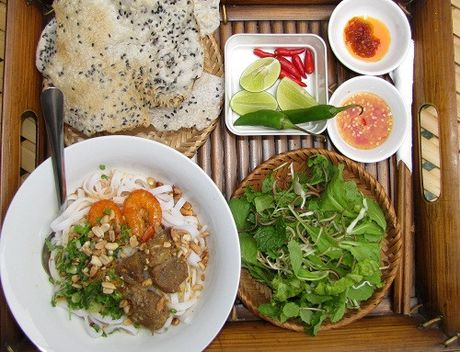 Mi Quang o ngoi lang hon nam the ky - Anh 2