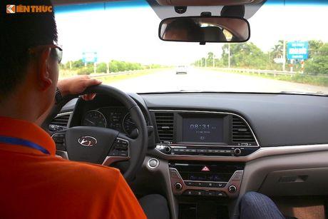 """Hyundai Elantra 2016 """"uong"""" 4,6l xang/100 km? - Anh 6"""