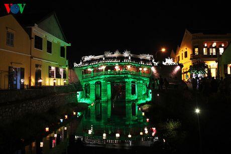 Chùa Cầu - còn gọi là Cầu Nhật Bản, Lai Viễn Kiều được xếp hạng Di tích lịch sử văn hóa quốc gia vào năm 1990, là biểu tượng của phố cổ Hội An- Di sản văn hóa thế giới.