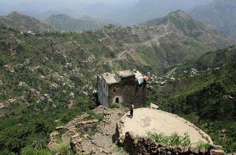 Chiem nguong nhung ngoi lang tren nui o Yemen - Anh 7