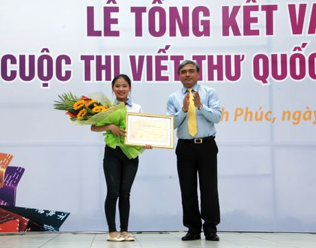 Co hoc tro nho o Hai Duong gianh giai nhat thi Viet thu quoc te - Anh 1