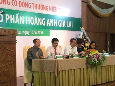 Co phieu cang 'om' cang… lo - Anh 1