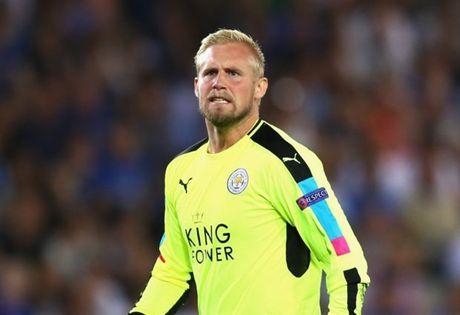 Truoc them dai chien Man Utd, Leicester nhan tin du tu Schmeichel - Anh 1