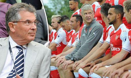 Chang ai tot hon Wenger tai Arsenal ca - Anh 1