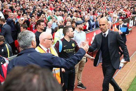 Chien thuat cua Pep va Mourinho co diem gi khac biet? - Anh 2