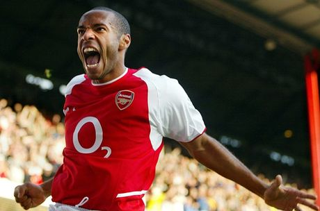 Doi hinh Arsenal hay nhat ky nguyen Wenger: The Invincibles - Anh 5