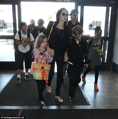 Jennifer Aniston chua bao gio tin Angelina phu hop voi Brad Pitt - Anh 3