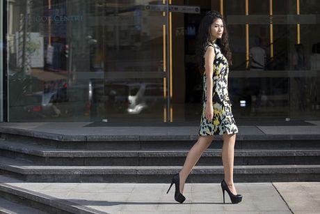 Ngoc Thanh Tam nang dong va ca tinh trong trang phuc streetstyle - Anh 2