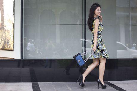 Ngoc Thanh Tam nang dong va ca tinh trong trang phuc streetstyle - Anh 4
