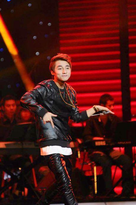 Nghe sy Viet chung tay trong dem nhac 'Hanh trinh ket noi yeu thuong' - Anh 3