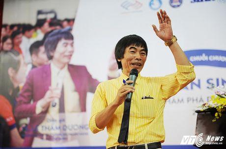 TS Le Tham Duong chi diem yeu 'chet nguoi' cua sinh vien Viet - Anh 1