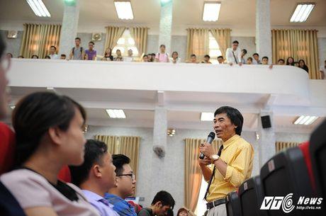 TS Le Tham Duong chi diem yeu 'chet nguoi' cua sinh vien Viet - Anh 3