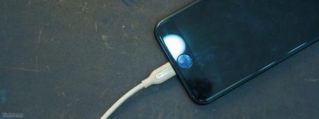 Dua iPhone 7/7 Plus ve che do DFU de restore voi iTunes - Anh 1