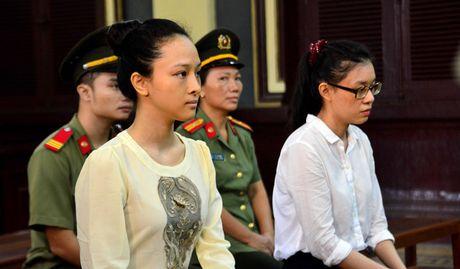 Hoa hau Phuong Nga bi to lua 16,5 ti: Ong Cao Toan My phu nhan 'email tinh ai' - Anh 1