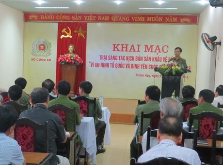 Khai mac trai sang tac kich ban san khau ve de tai CAND 2016 - Anh 2