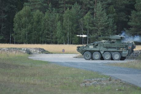 M1134 ATGM cua My co du suc danh bai T-90? - Anh 3