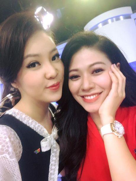 Ngoc Trinh: 'Toi va Thuy Van chang ua nhau' - va cai ket bat ngo - Anh 4