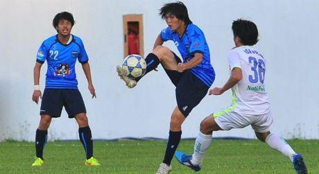 Tuan Anh ghi ban dau tien cho Yokohama FC - Anh 1