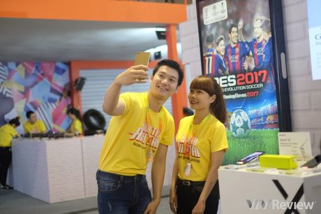 """Toan canh """"the gioi giai tri"""" Sony Show 2016 - Anh 32"""