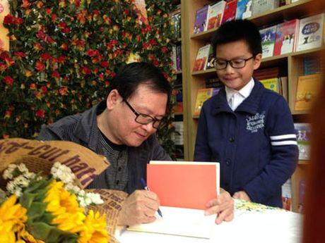 Nha van Nguyen Nhat Anh: 'Viet bang nhung hoi uc tuoi tho' - Anh 2