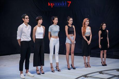 Chan dai Next Top Model but pha cung thu thach voi toc - Anh 1