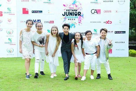 Vu Cat Tuong dua dan hoc tro The Voice Kids den ung ho Do Manh Cuong - Anh 3