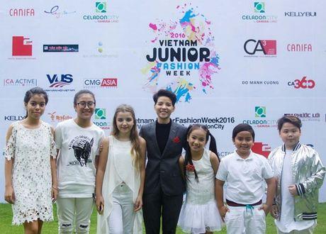 Vu Cat Tuong dua dan hoc tro The Voice Kids den ung ho Do Manh Cuong - Anh 5